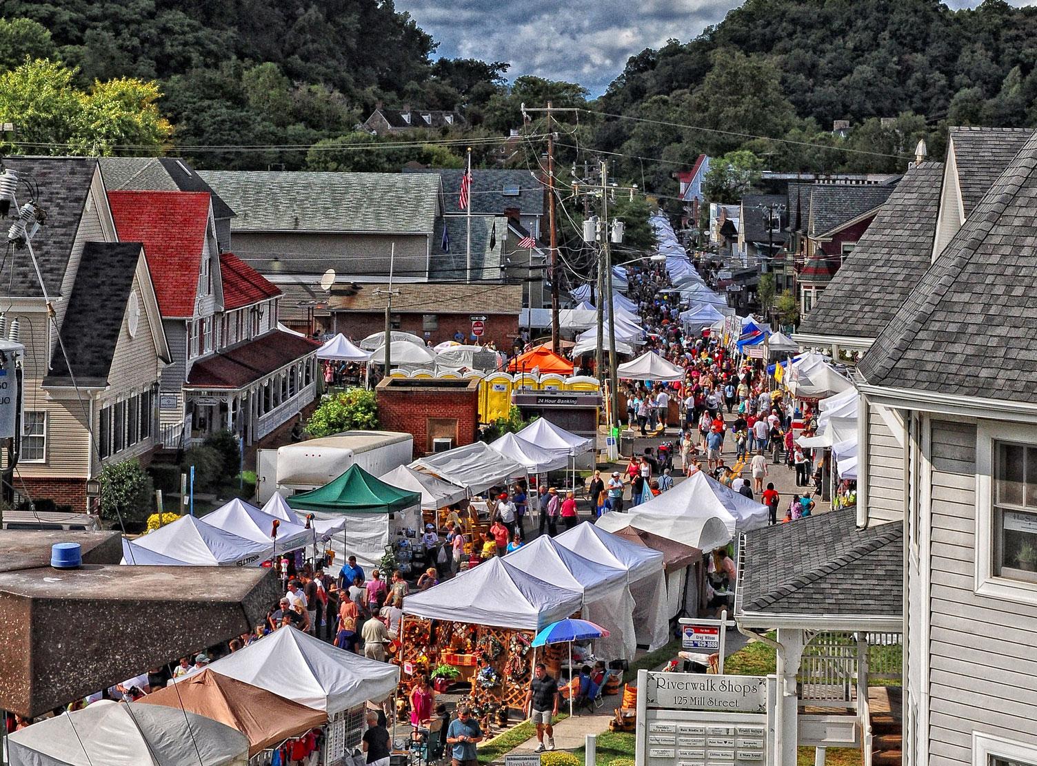 Craft shows in va 2018 crafting for Sugarloaf crafts festival chantilly va