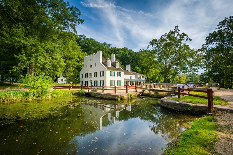 Great Falls Tavern Visitors Center